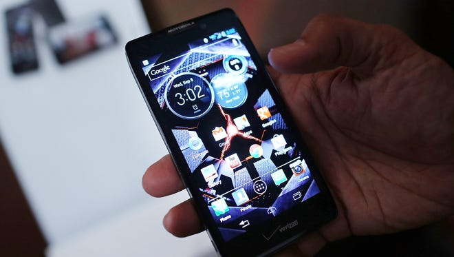 Android smartphones such as the Motorola Razr Maxx HD are being targeted by new malware that infects through text message ads.
