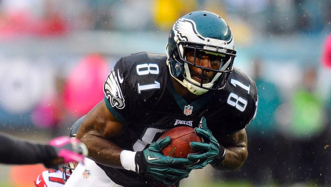 Wide receiver Jason Avant escaped a life of gangs, drugs and violence to become one of the most respected players in the NFL.