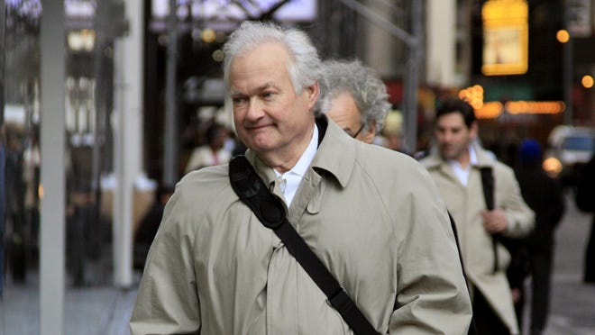 The players and executive director Donald Fehr made a comprehensive counterproposal to the league's offer.
