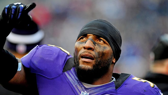 Ravens linebacker Ray Lewis says he will retire at the end of the playoffs after 17 seasons in the NFL.