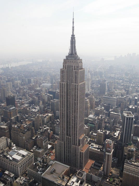 Judge clears Empire State Building IPO