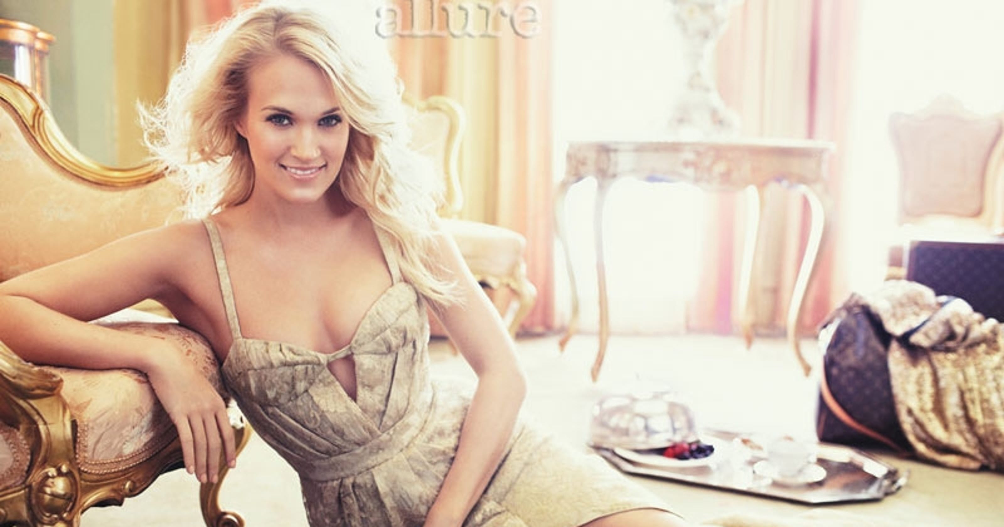 c81fe1ef262 Carrie Underwood  What s under  every dress  she wears
