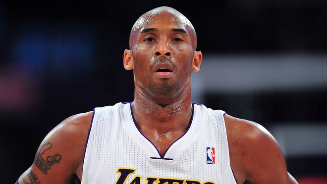 Kobe Bryant is leading the league in scoring at 29.9 points per game, but the Lakers are only 17-21.
