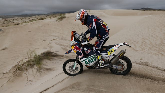 American Kurt Caselli won the motorbikes 11th stage of the Dakar Rally Tuesday, his second stage win of the competition.