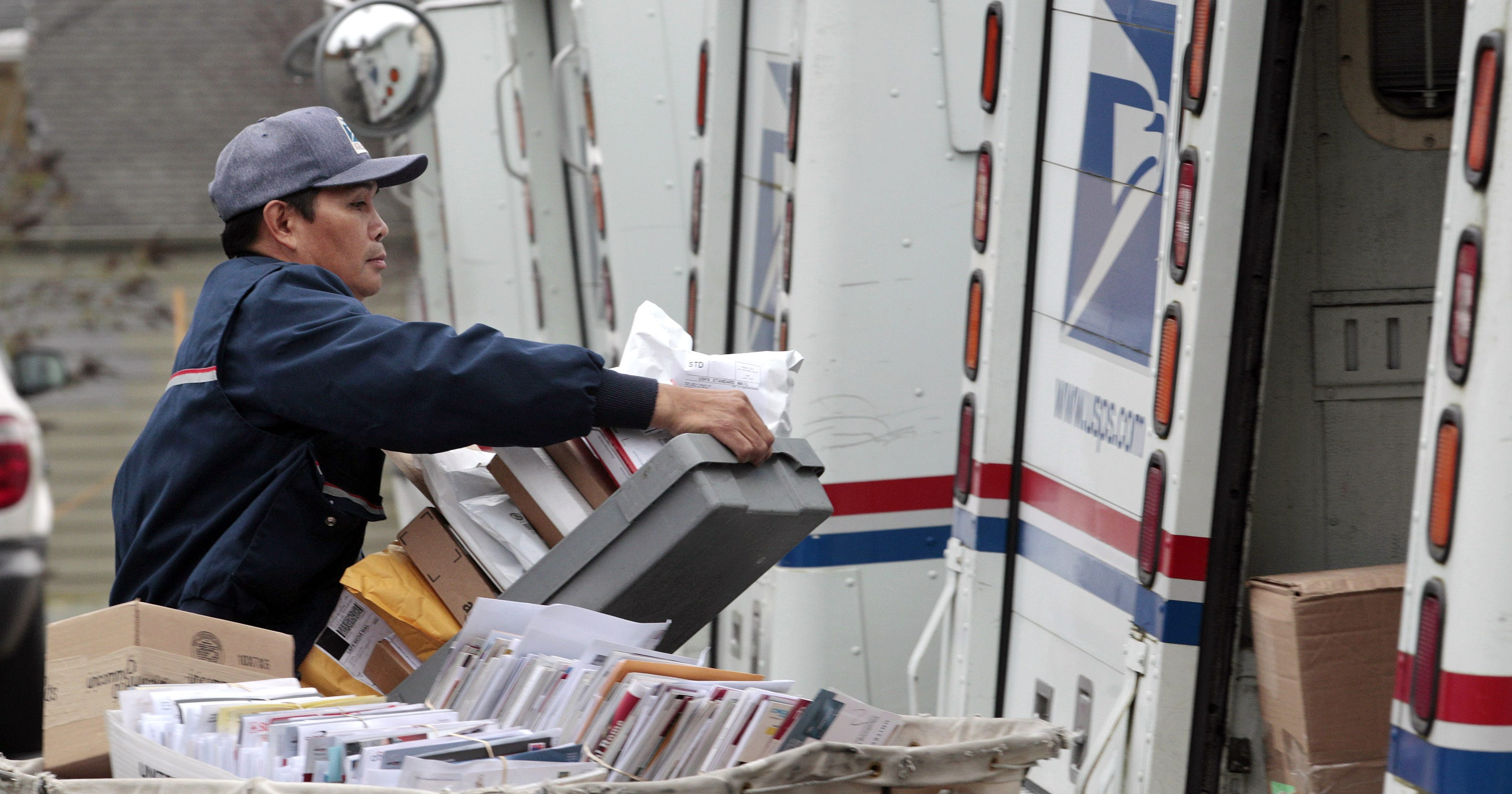 Postal Service lawyer claims immunity from traffic laws