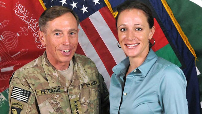 Comedian Ted Travelstead takes a hilarious look at the David Petraeus/Paula Broadwell scandal.