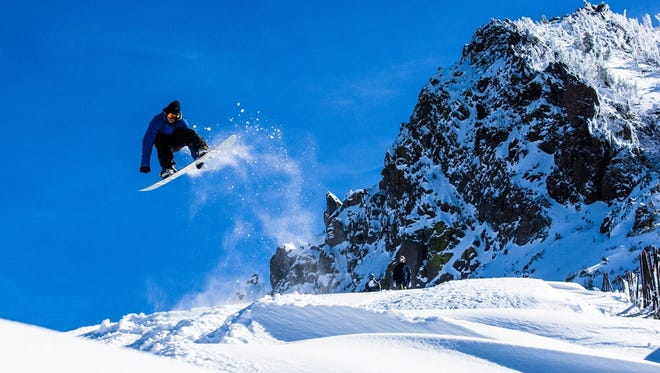 Mammoth Mountain in California gets lots of snow, but also offers plenty of sunny days for snowboarding.