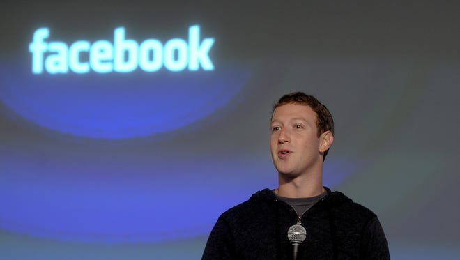 Facebook CEO Mark Zuckerberg introduces Graph Search at Facebook headquarters.