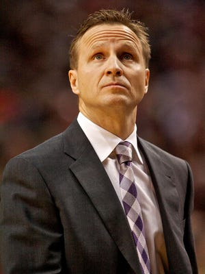 Thunder coach Scott Brooks, shown Jan. 13, returned to the sidelines Sunday after his mother died Saturday.