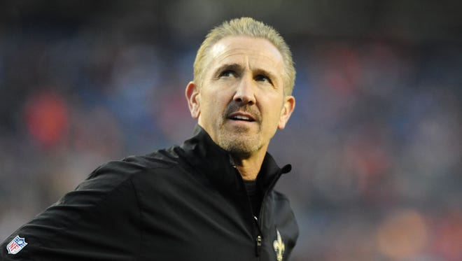 Steve Spagnuolo's defense finished last in the league in yards allowed.