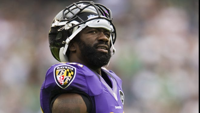 Baltimore Ravens safety Ed Reed (20) during the fourth quarter against the Philadelphia Eagles at Lincoln Financial Field. The Eagles defeated the Ravens 24-23.