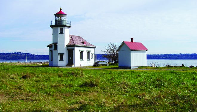Maury Island in Washington's Puget Sound is the setting for the 38-foot Point Robinson Lighthouse built in 1915. It shares a sandy beach with two renovated keeper's quarters rental homes, perfect for families and small groups to get away and unwind.