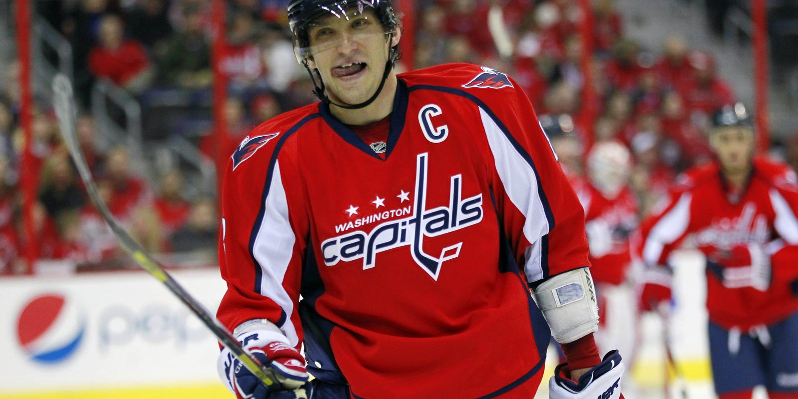 Alex Ovechkin s first goal leads Capitals to first win a269c11697a2