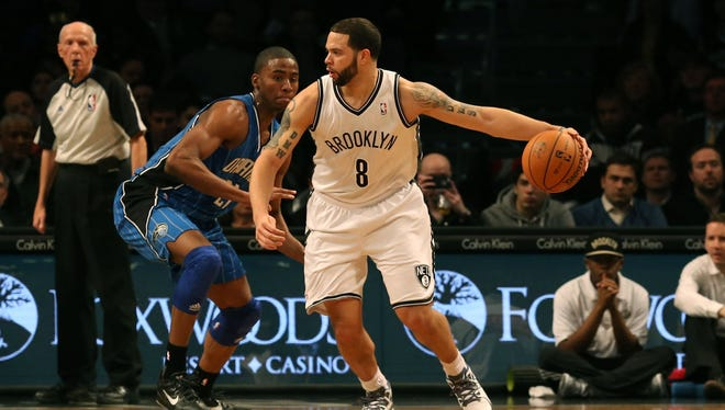 Deron Williams and the Nets dealt the Magic a 17th loss in 19 games.