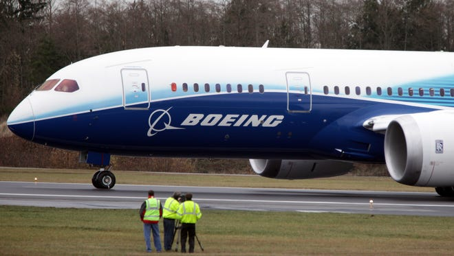 A Boeing 787 Dreamliner prepares to take off in Everett, Wash., in December 2009.