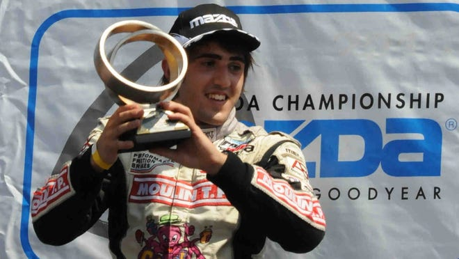 Tristan Vautier, who won the Indy Lights title in 2012, will move up to the IndyCar Series in 2013.