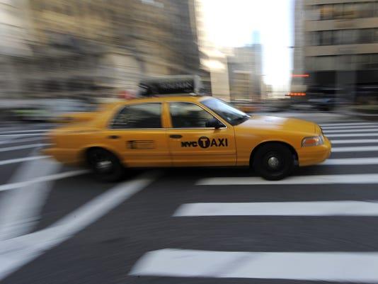 taxi nyc blur 2010