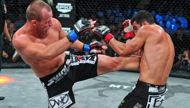 Alexander Shlemenko fights for the vacant middleweight title in Bellator 88's main event.