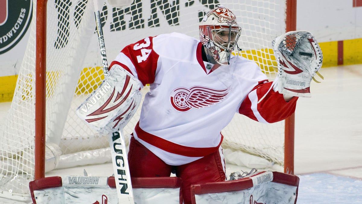 Red Wings Goalie Beats Blues In Nhl Debut