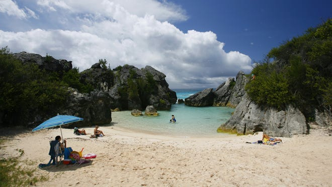 Bermuda hotels are courting the chic set and tourism officials are launching nightly live music, beach parties and new street festivals.