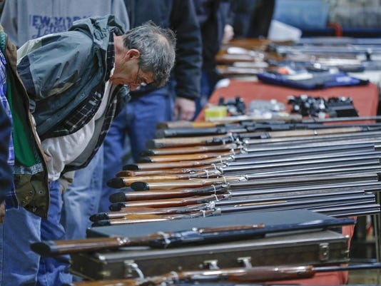 Federal court upholds N Y  ban on assault weapons