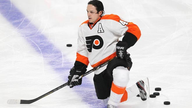 Philadelphia Flyers right wing Danny Briere was the subject of a rant from the Pittsburgh Penguins' Tanner Glass.