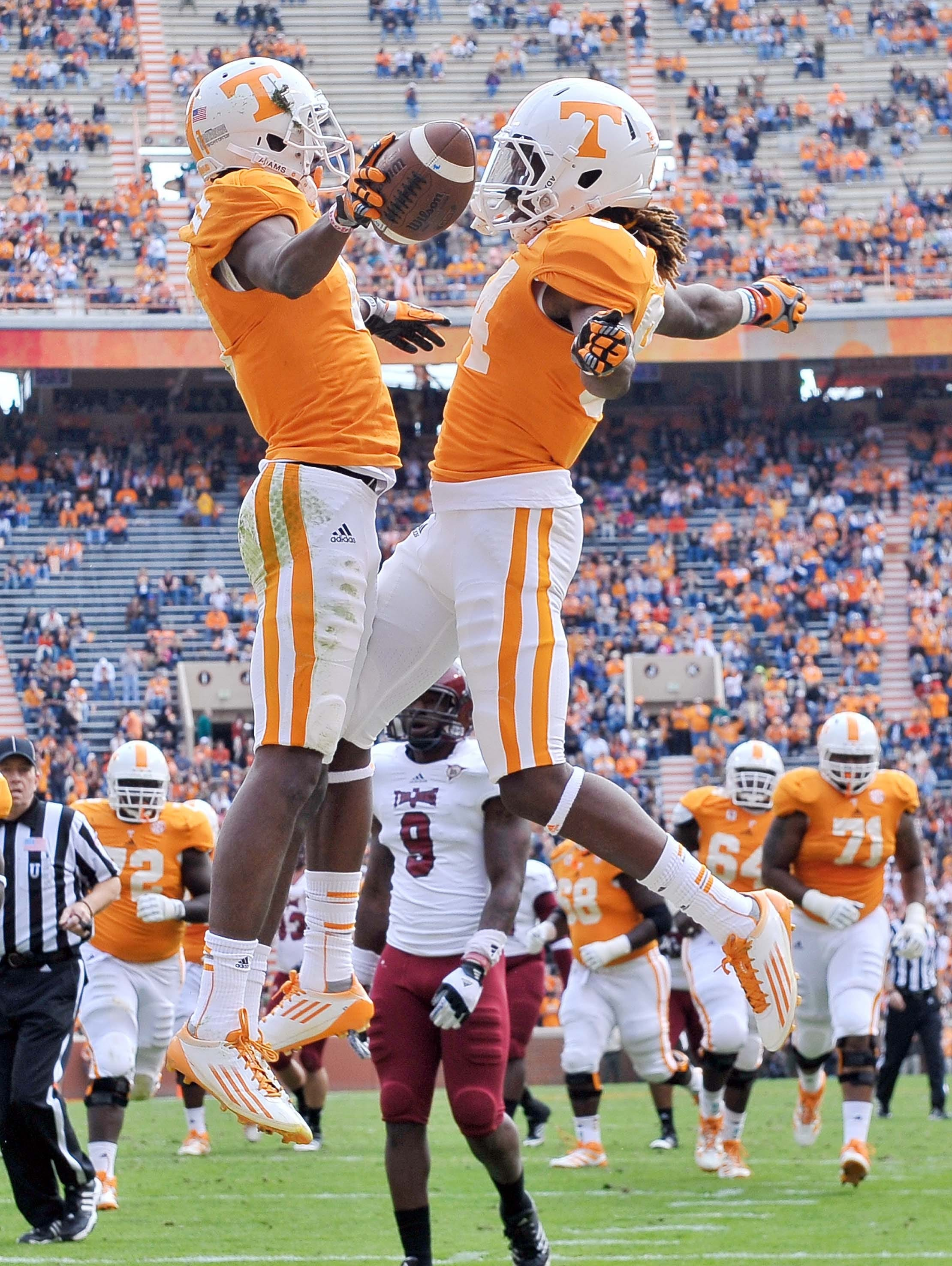 Tennessee trio liven up NFL combine with wager
