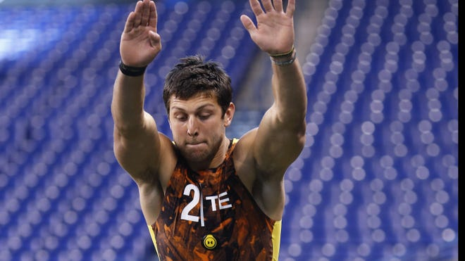 Tyler Eifert of Notre Dame participates during the 2013 NFL Combine at Lucas Oil Stadium on February 23, 2013 in Indianapolis, Indiana.