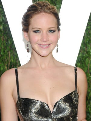 Hours after this photo was snapped, Jennifer Lawrence -- her hair, at least -- was back to black.