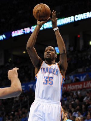 Kevin Durant's third career triple-double gave the Thunder their third straight win.