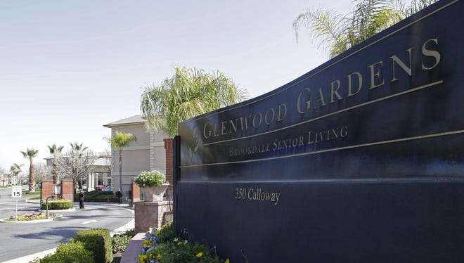 At Glenwood Gardens in Bakersfield, Calif., an elderly woman died after a nurse refused to perform CPR on her last week.