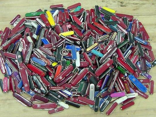 pocket knives TSA