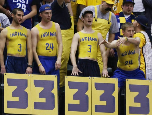 3-6-pacers-fans