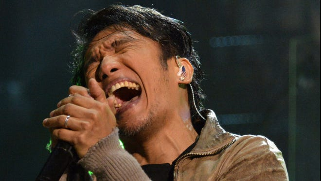 Journey lead singer Arnel Pineda's life story is recounted in 'Don't Stop Believin.''