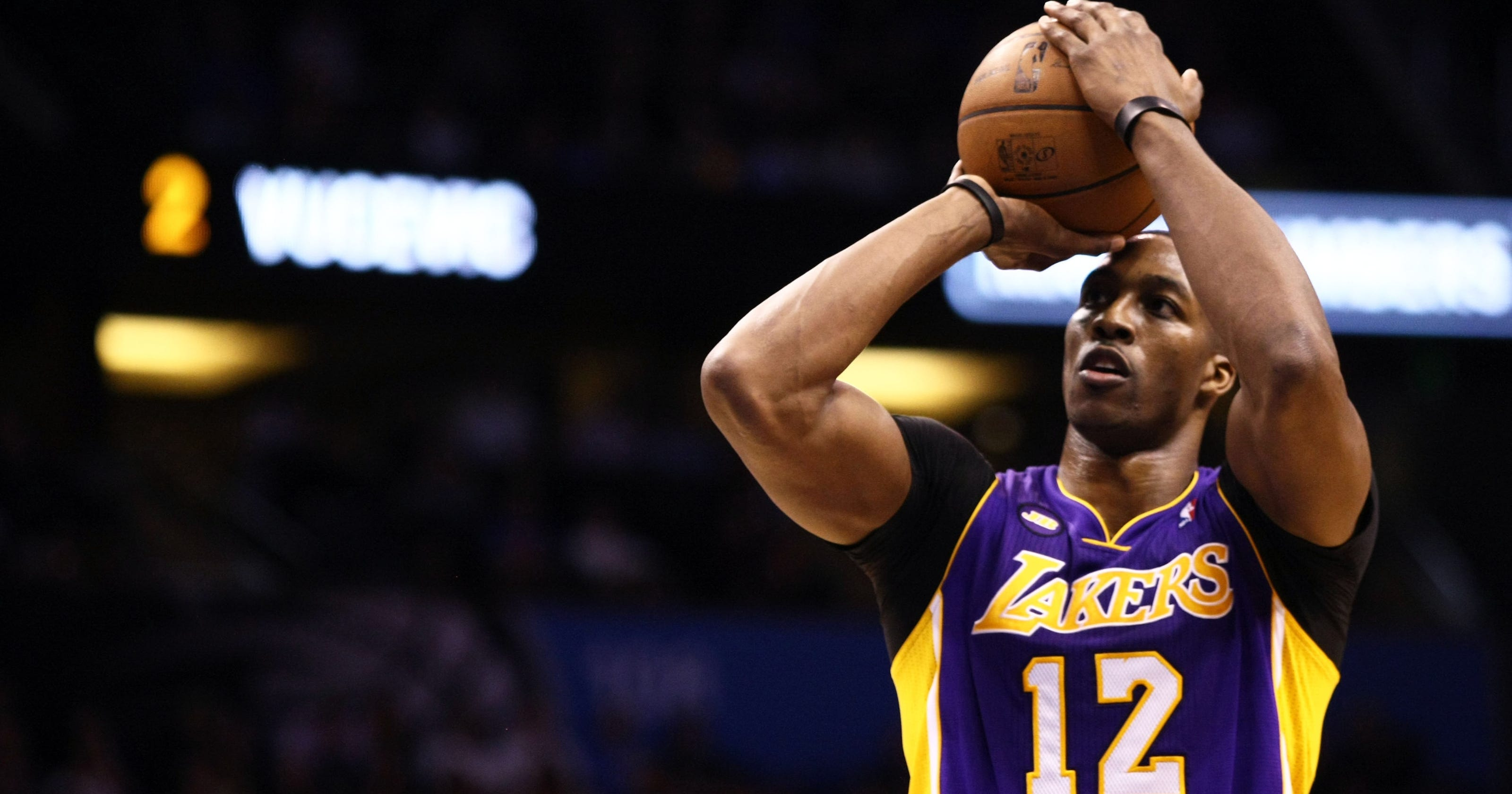 Dwight Howard dominates Magic as Lakers roll in Orlando 96f37b7db