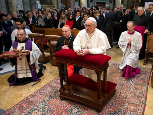 New pope gets rave reviews from U.S. churchgoers