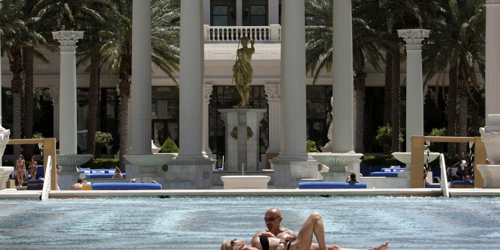 Vegas adult and topless pools continue to make a splash
