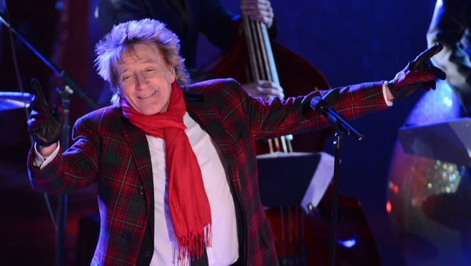 Rod Stewart performs at the 80th Annual Rockefeller Center Christmas Tree Lighting Ceremony   in New York City.