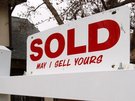 031712 sold sign