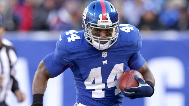 Ahmad Bradshaw is still looking for work after being cut by the Giants last month. He'll visit the Steelers on Wednesday.