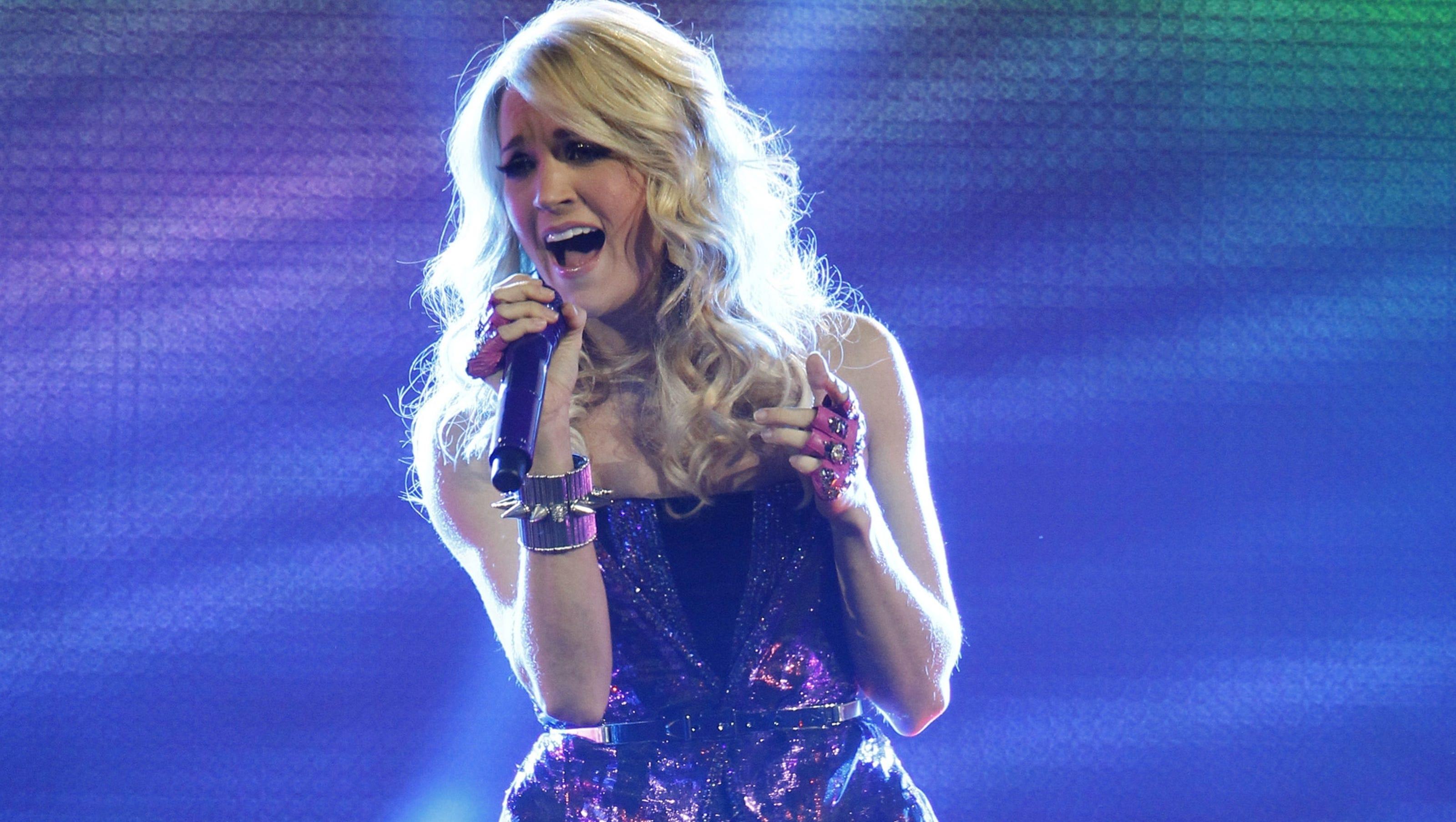 Carrie Underwood Gets Sunday Night Football Theme
