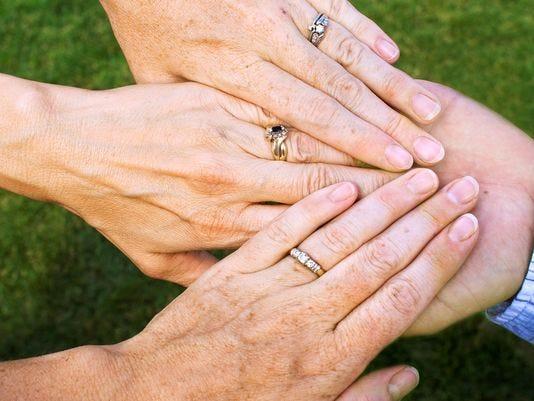 definition polyamory dating