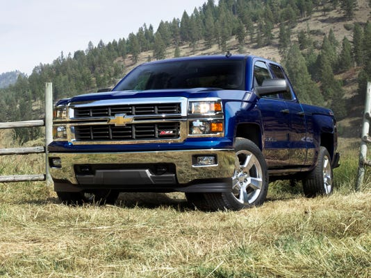 GM brags that new pickups out-do Ford in mpg, towing