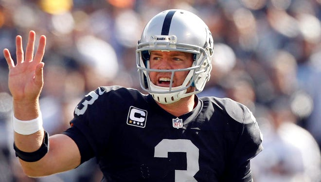 Carson Palmer says goodbye to the Raiders after one-and-a-half seasons.