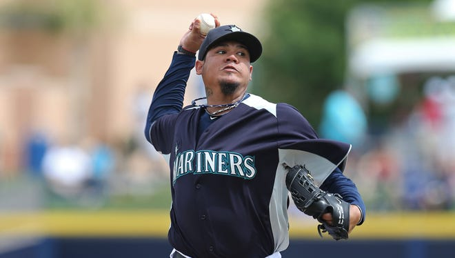The Mariners' Felix Hernandez says he had no intention of testing free agency.