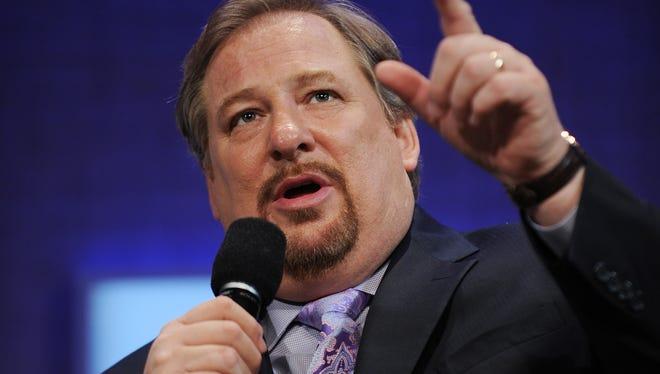 Rick Warren speaks at the Clinton Global Initiative in 2008.