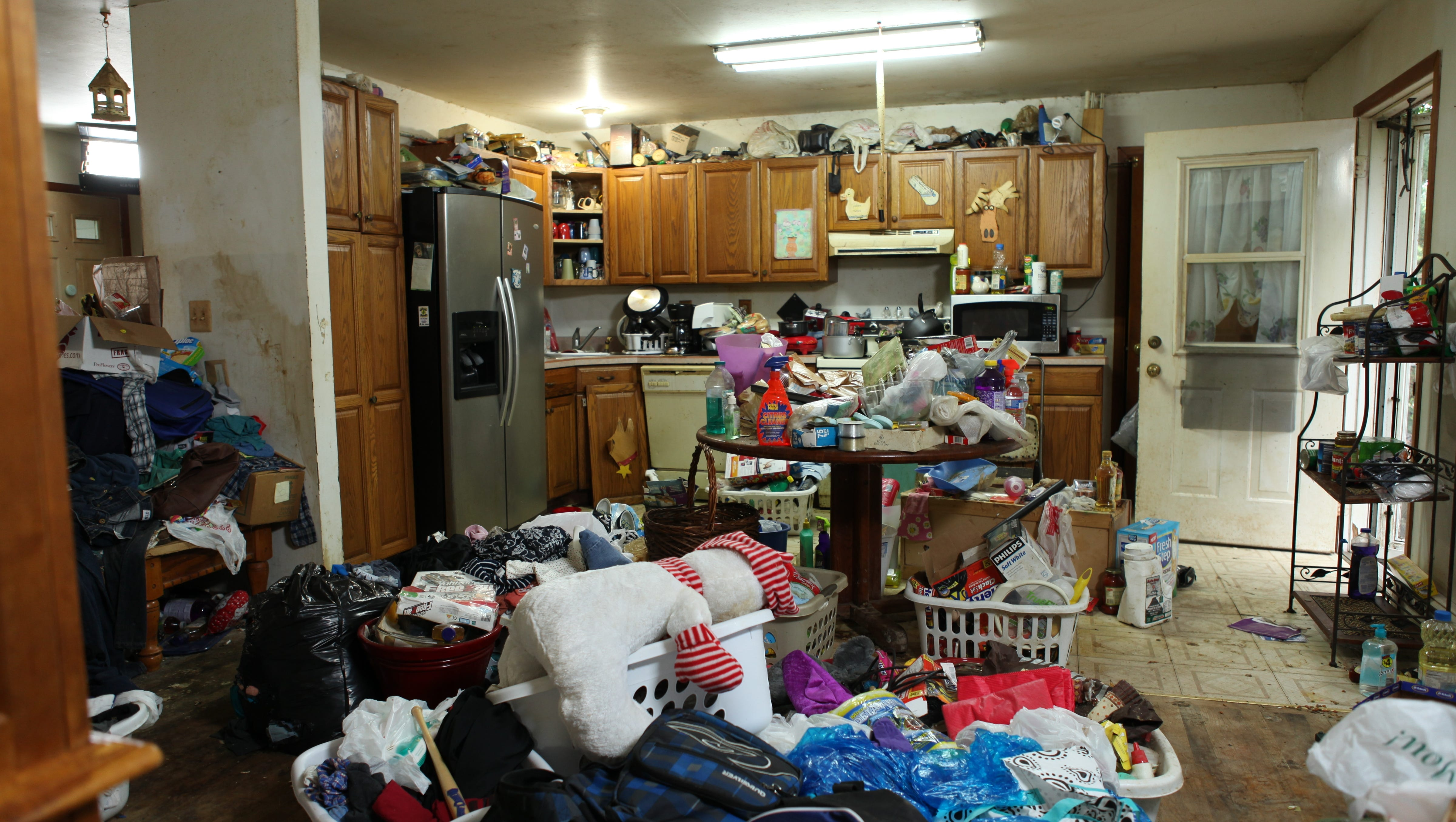Living with a hoarder spouse