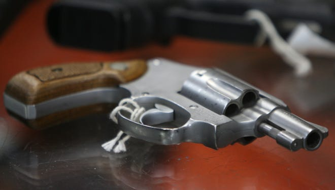 Group to give away 30 guns in 30 days in PR bid