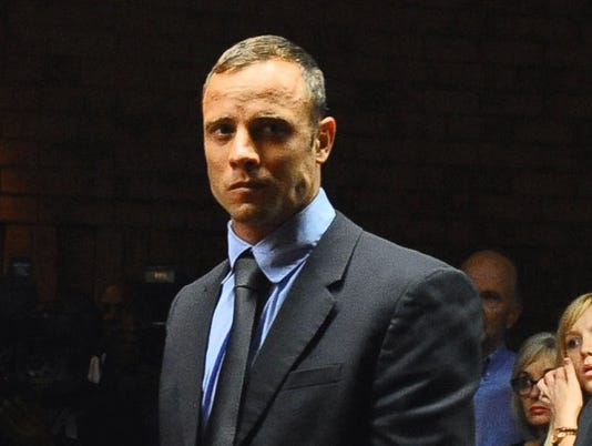 2013-04-11-oscar-pistorius-active-while-on-bail