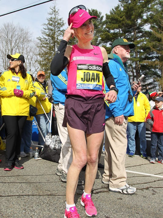 2013-4-16-joan-benoit-samuelson-boston-marathon